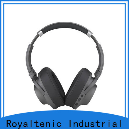 ROYAL TANIC anc bluetooth headphones promotion for trains